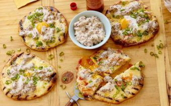 FNK_Breakfast-Pizza-with-Sausage-Gravy_s4x3.jpg.rend.sni12col.landscape